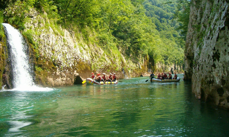Rafting on Neretva river