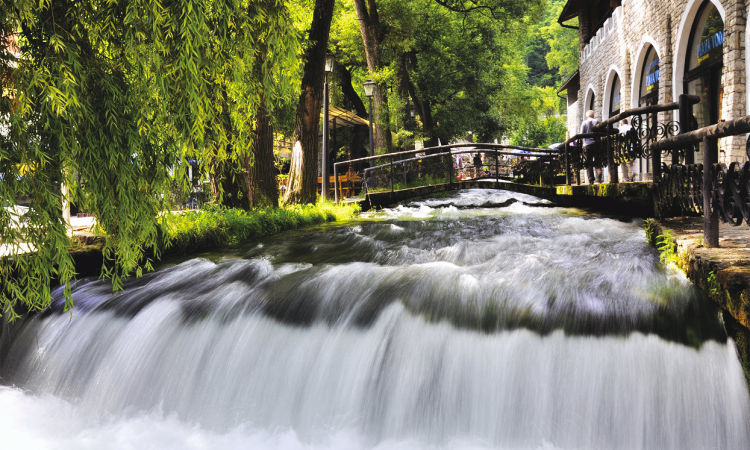 Travnik Blue water